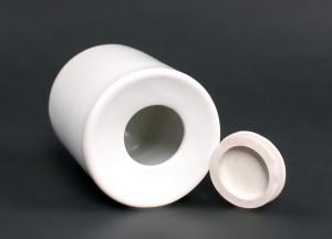 Kasička bílá zespoda